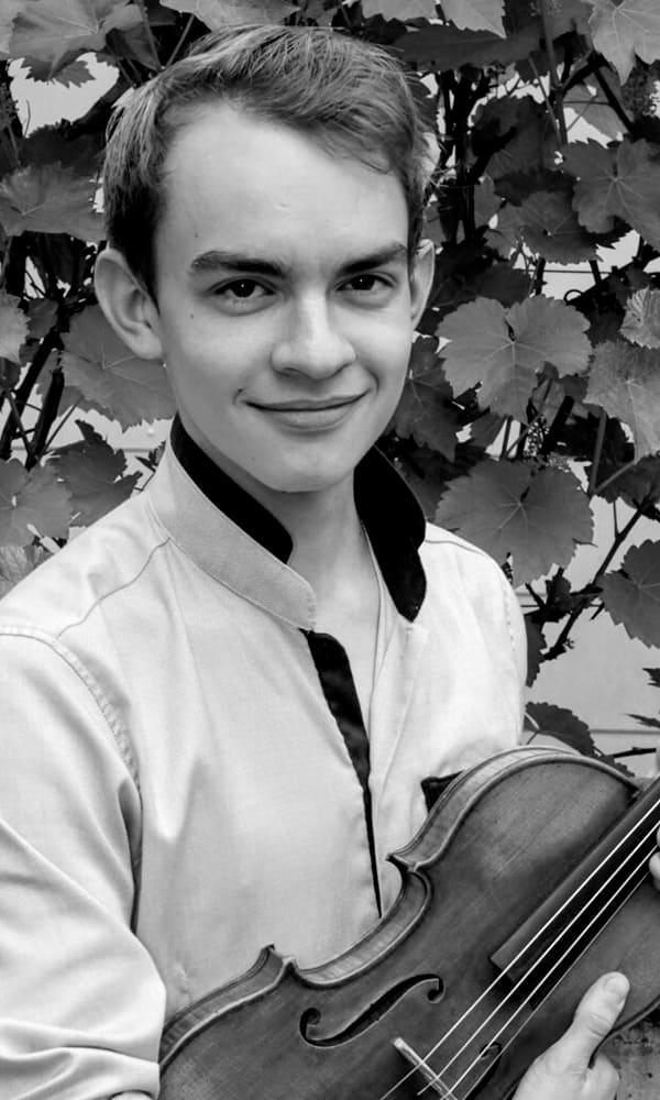 Tobias Staub